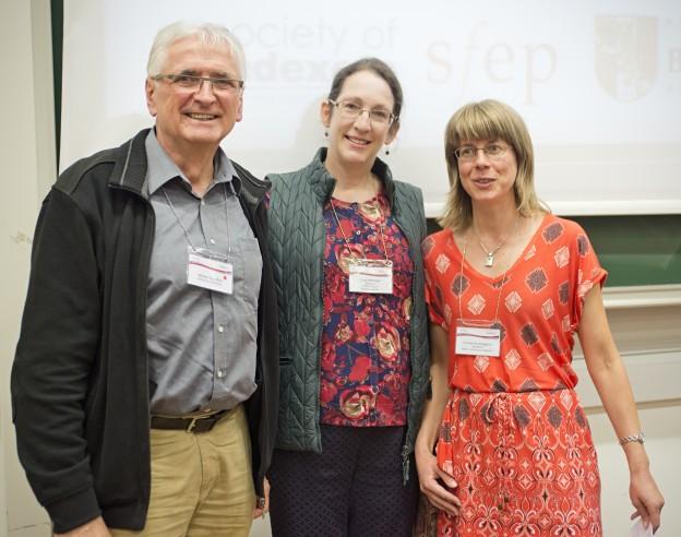 VFLL-Mitglied Walter Greulich, Lucy Metzger und Christine Vaughan (rechts)